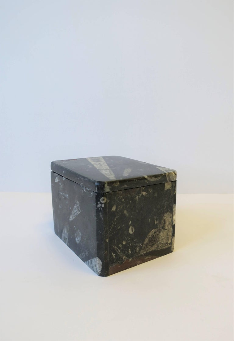 Modern Black and White Stone Jewelry Box For Sale 5