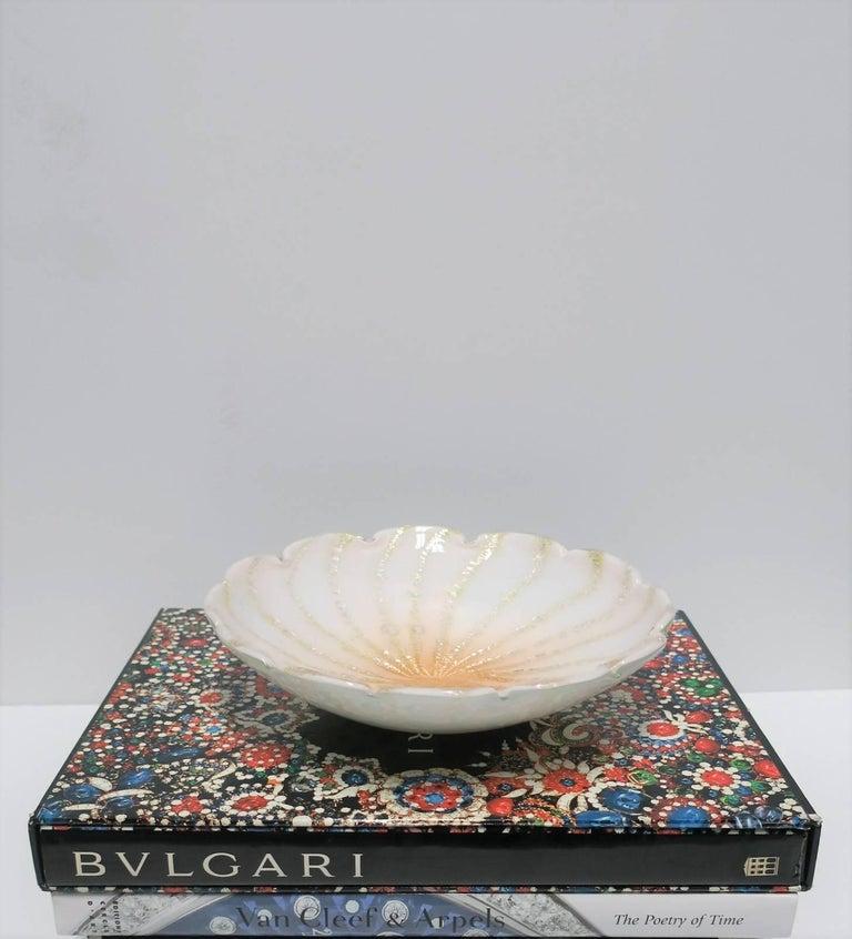 Italian Murano White Art Glass Bowl For Sale 2