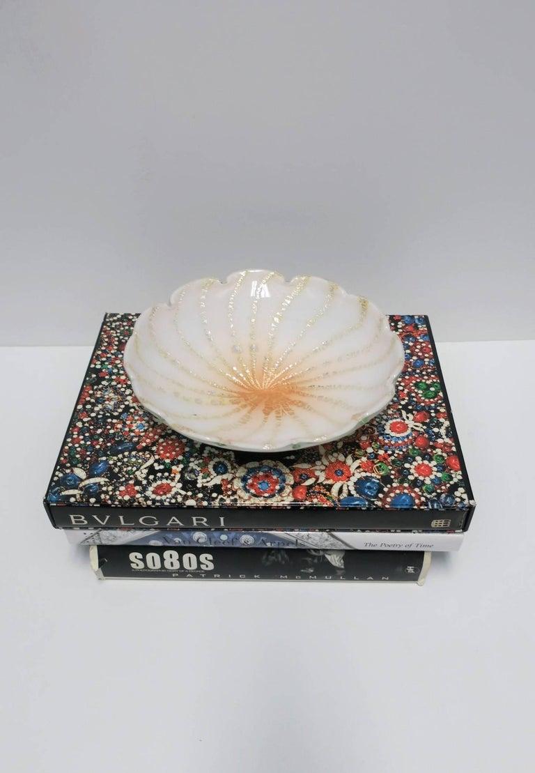 Italian Murano White Art Glass Bowl For Sale 3