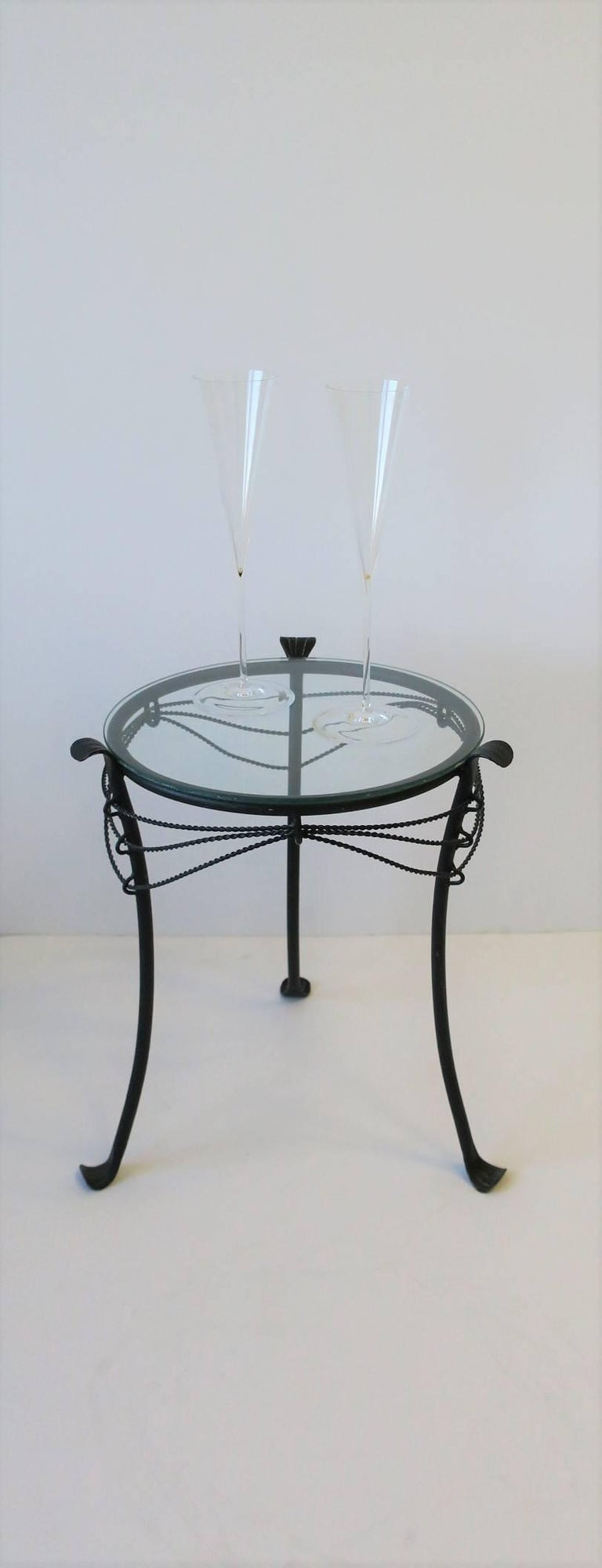 Small Gueridon Metal Round Side Table In Excellent Condition For Sale In New York, NY