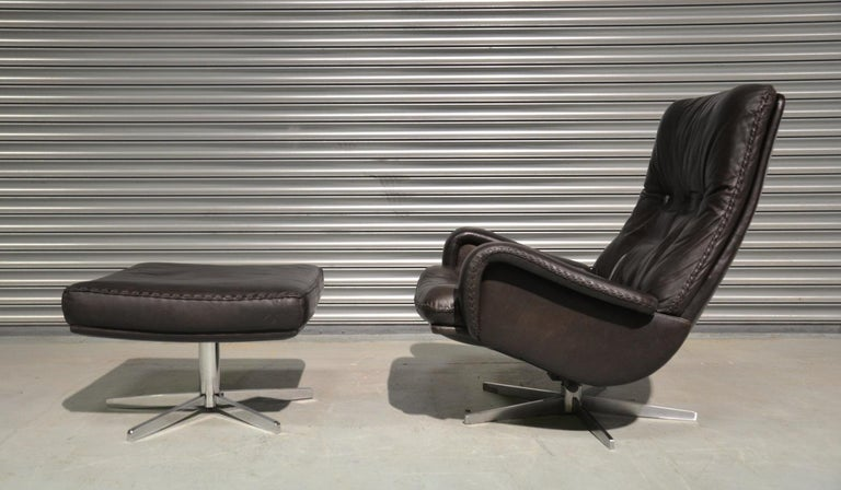 Vintage De Sede S 231 James Bond Swivel Lounge Armchair and Ottoman, 1960s In Good Condition For Sale In Cambridgeshire, GB