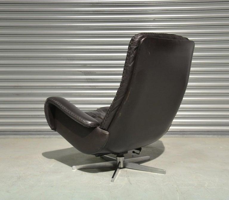 Vintage De Sede S 231 James Bond Swivel Lounge Armchair and Ottoman, 1960s For Sale 1