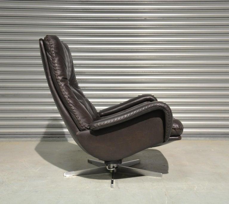 Vintage De Sede S 231 James Bond Swivel Lounge Armchair and Ottoman, 1960s For Sale 4