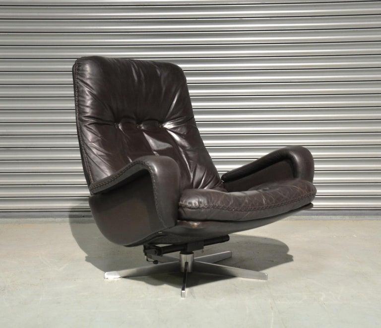 Vintage De Sede S 231 James Bond Swivel Lounge Armchair and Ottoman, 1960s For Sale 5