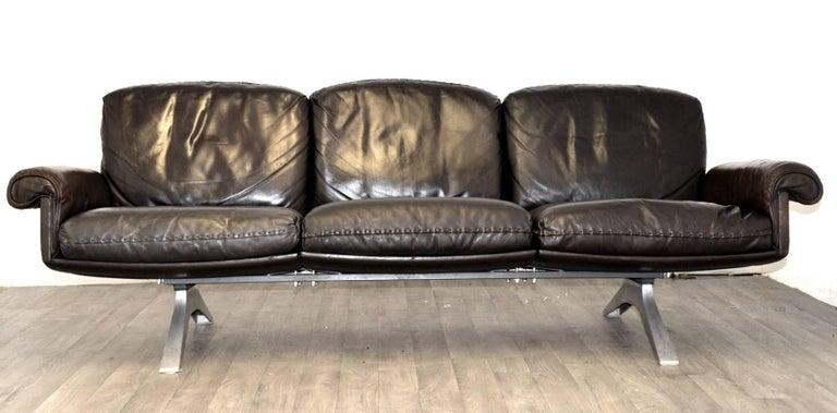 Mid-Century Modern Vintage De Sede DS 31 Leather Three-Seat Sofas, Switzerland 1970`s For Sale