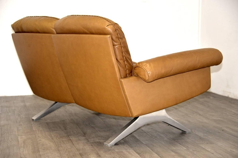 Vintage De Sede DS 31 Two-Seat Sofa and Swivel Lounge Armchairs 1970`s For Sale 4