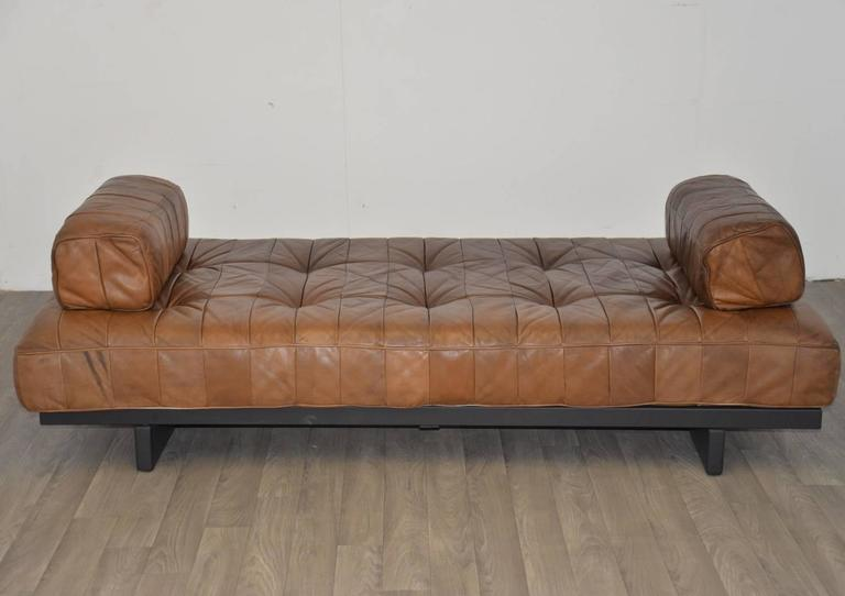 Mid-Century Modern Vintage Swiss de Sede DS 80 Leather Daybed, 1960s For Sale