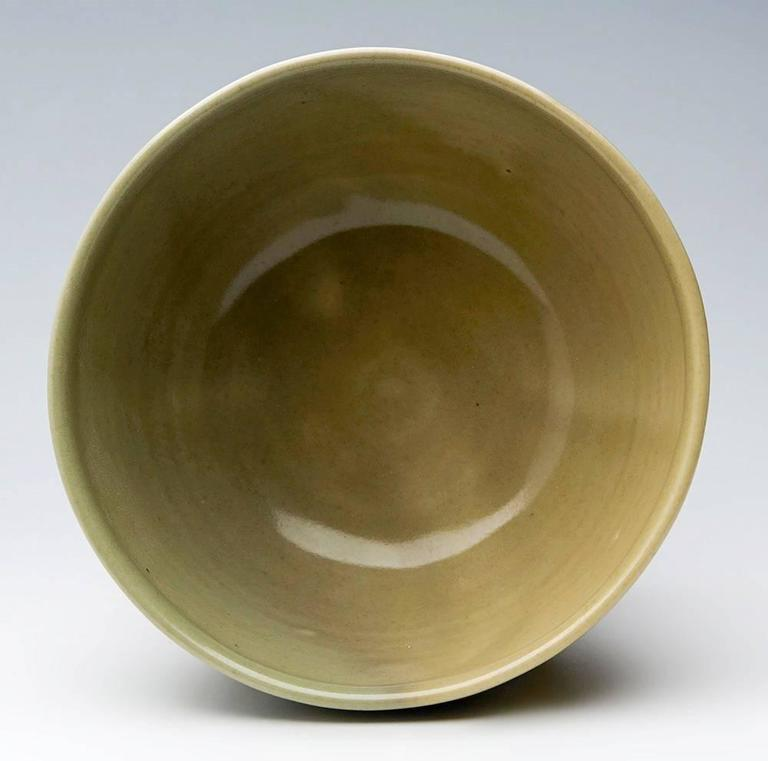 David Leach Celadon Glazed Studio Pottery Bowl, 20th Century In Good Condition For Sale In Bishop's Stortford, Hertfordshire