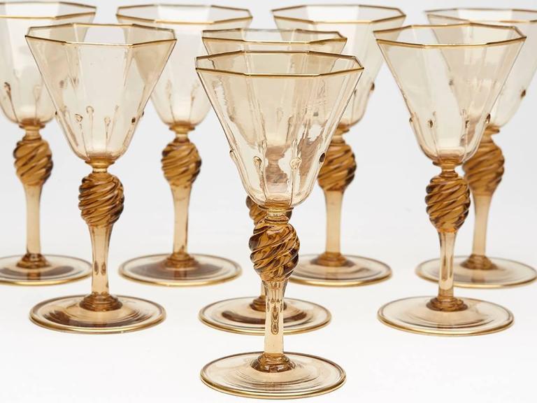 Italian Eight Art Deco Murano MVM Cappellin Amber Wine Glasses, circa 1925 For Sale