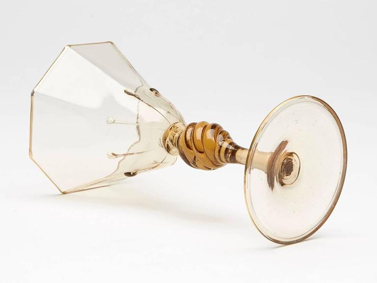 Eight Art Deco Murano MVM Cappellin Amber Wine Glasses, circa 1925 For Sale 4
