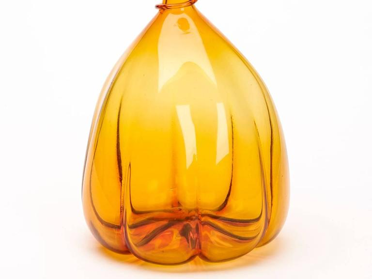 Amberina Orange and Red Art Glass Mallet Shaped Vase 20 Century For Sale 1