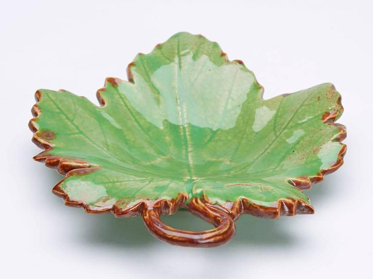 Glazed Greber Pair of French Art Pottery Green Leaf Dishes, circa 1899-1933 For Sale
