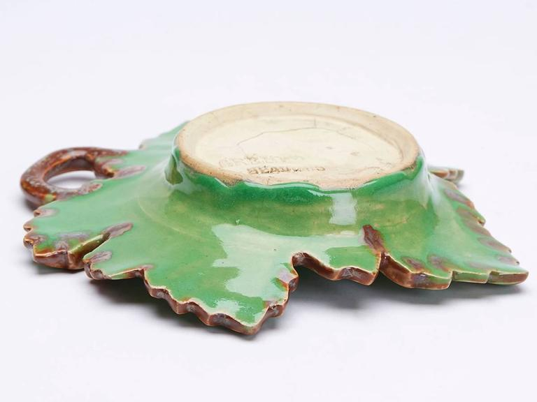 Greber Pair of French Art Pottery Green Leaf Dishes, circa 1899-1933 For Sale 1