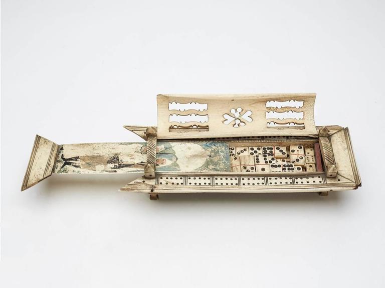 European Napoleonic Prisoner of War Games Box, circa 1800 For Sale