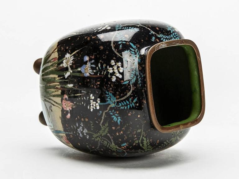 Japanese Meiji Cloisonne Lidded Jar , 19th Century For Sale 3