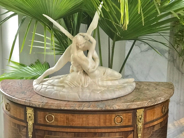 Sculpture of Cupid and Psyche In Good Condition For Sale In Manchester, MA