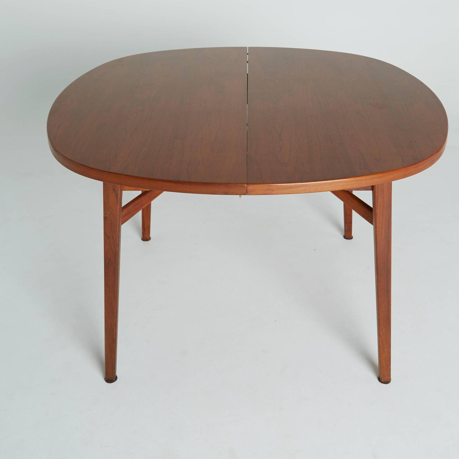 Round Expandable Dining Table By Jens Risom Marked On Sale For Sale