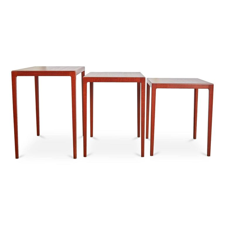 Set of exquisite nesting side tables designed by celebrated Danish Architect Eske Kristensen and crafted by master cabinetmaker of the same nationality Ludwig Pontoppidan. This beautifully executed set of three (3) side tables have been expertly