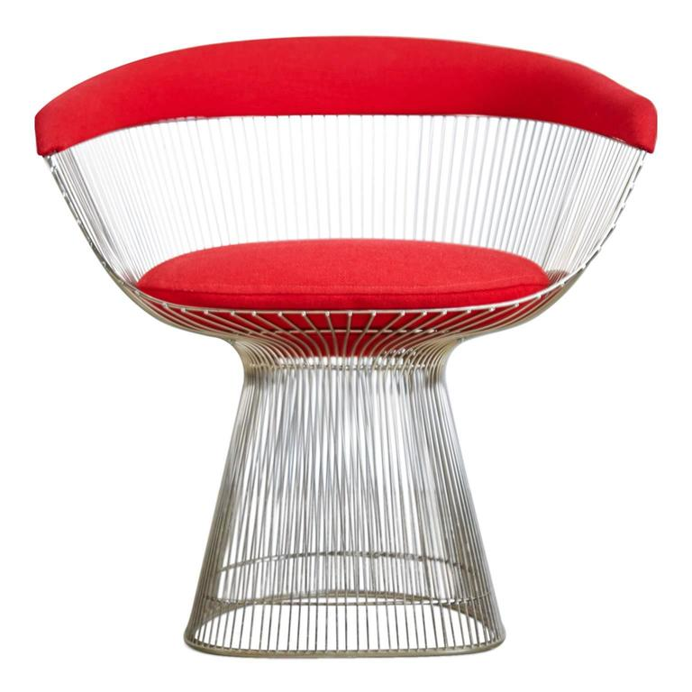 The wire collection created by Platner for Knoll in 1966, remains one of the most relevant Mid-Century collections to date. The iconic and graceful silhouette of these Warren Platner chair's reflect the works of historical design movements,