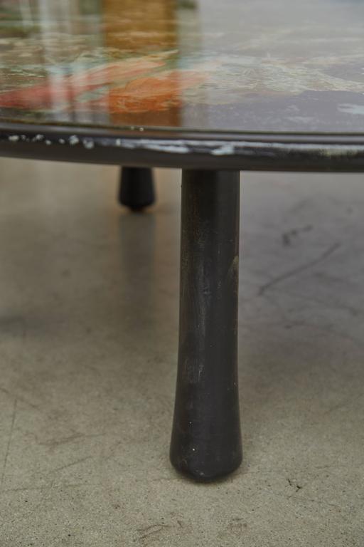Mid-20th Century Scandinavian Verre Églomisé Round Floral Painted Coffee Table, circa 1940 For Sale