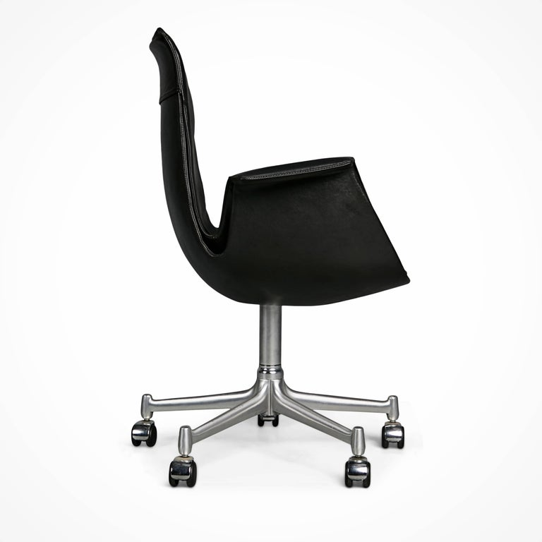 FK 6727 Bird Chairs by Preben Fabricius & Jørgen Kastholm for Alfred Kill Int. In Excellent Condition For Sale In Los Angeles, CA