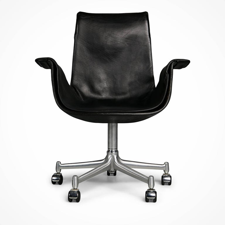 Mid-Century Modern FK 6727 Bird Chairs by Preben Fabricius & Jørgen Kastholm for Alfred Kill Int. For Sale