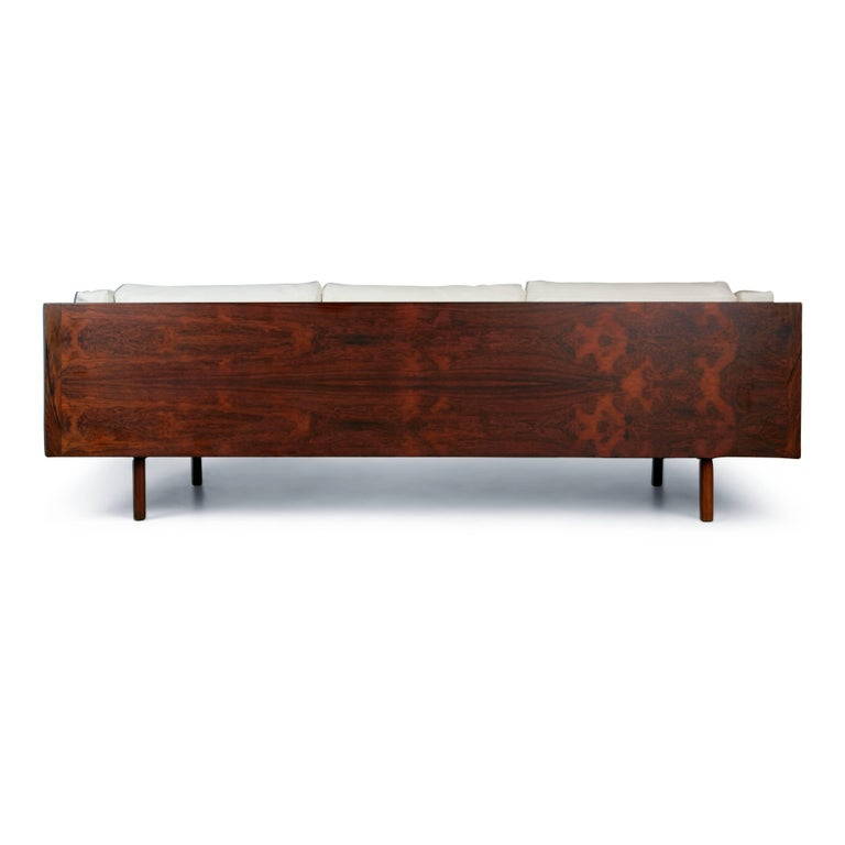 Mid-Century Modern Rosewood and Leather Case Sofa by Milo Baughman for Thayer Coggin, circa 1960 For Sale