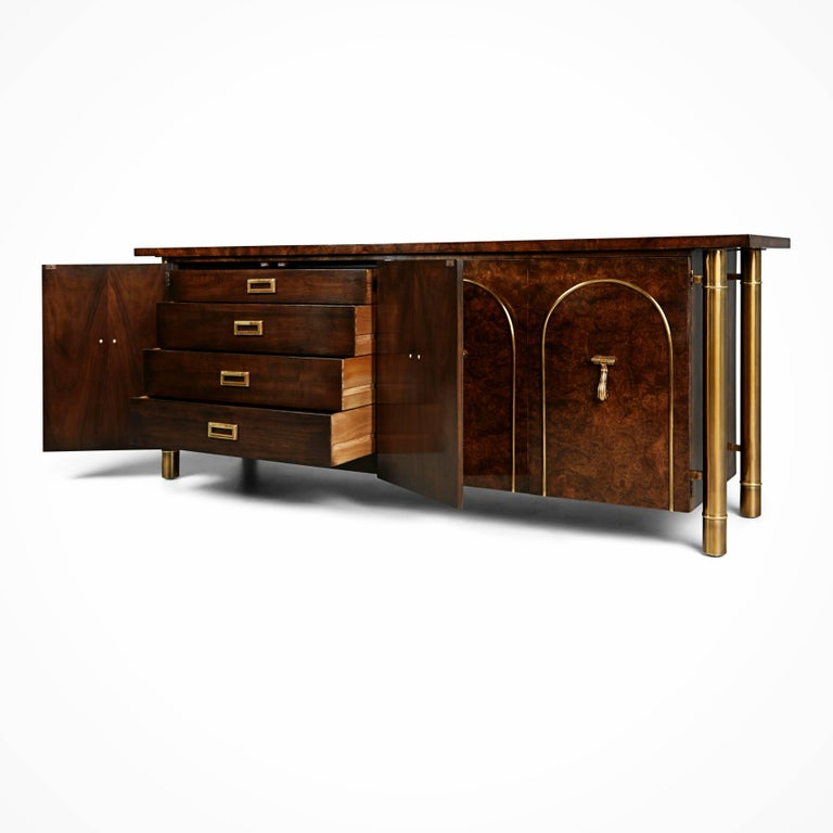American Mastercraft Burled Wood and Brass Credenza by William Doezema, circa 1960 For Sale