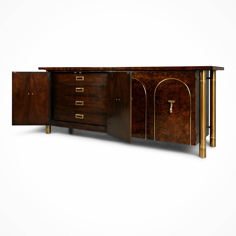 Mid-Century Modern Mastercraft Burled Wood and Brass Credenza by William Doezema, circa 1960 For Sale