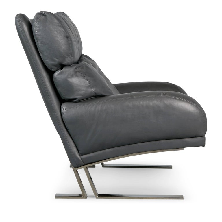 Milo Baughman Grey Leather Lounge Chair and Ottoman for Directional, circa 1970 In Excellent Condition For Sale In Los Angeles, CA
