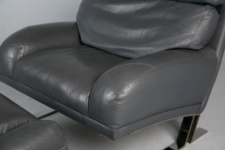 Milo Baughman Grey Leather Lounge Chair and Ottoman for Directional, circa 1970 For Sale 2