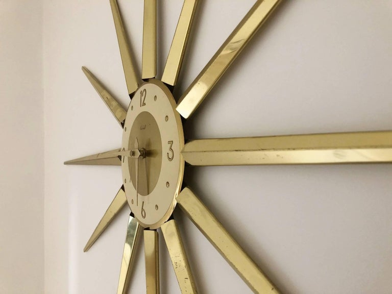 Large Roxhall Brass Spike Sunburst Clock, circa 1960 In Good Condition For Sale In Los Angeles, CA