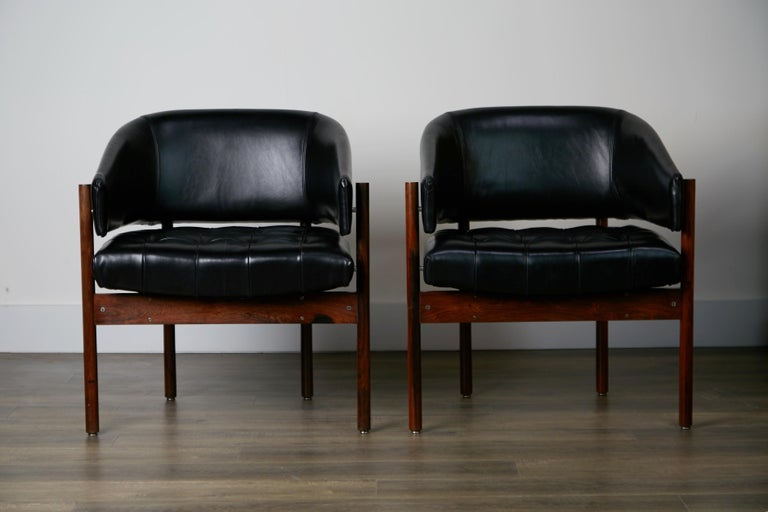 Original Jorge Zalszupin Rosewood & Leather Armchairs, Produced in 1972, Brazil For Sale 3