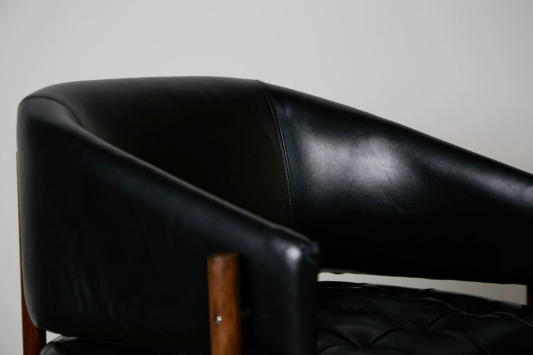 Original Jorge Zalszupin Rosewood & Leather Armchairs, Produced in 1972, Brazil For Sale 5
