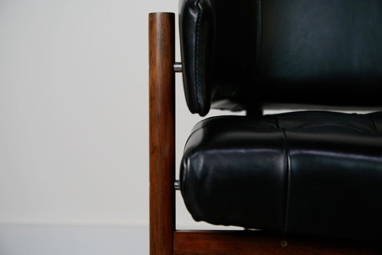 Original Jorge Zalszupin Rosewood & Leather Armchairs, Produced in 1972, Brazil For Sale 10