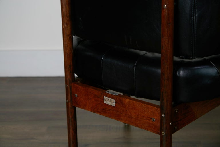 Original Jorge Zalszupin Rosewood & Leather Armchairs, Produced in 1972, Brazil For Sale 12