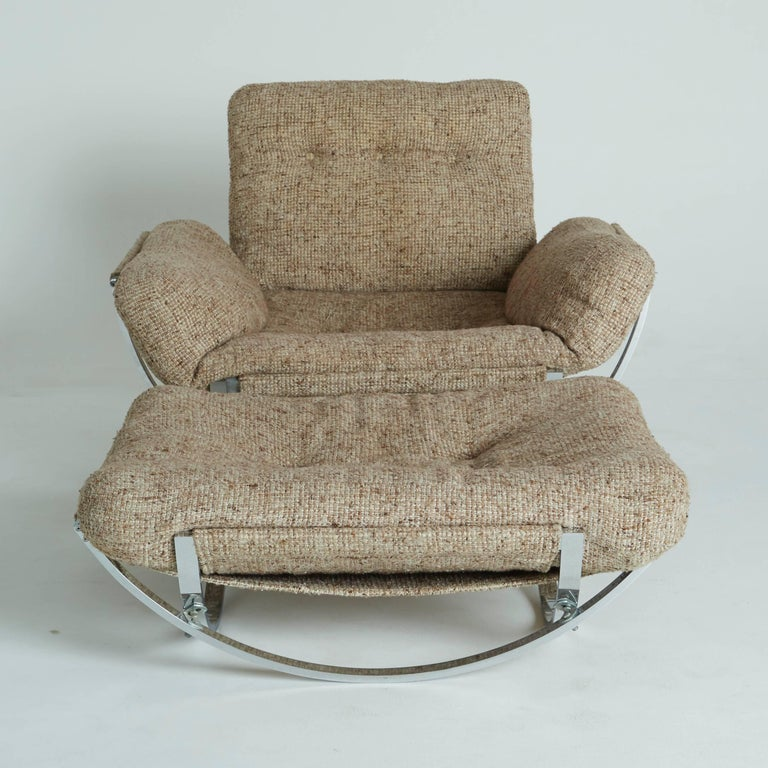 Floating Tan Wool Sculptural Lounge Chair and Ottoman by Lennart Bender, 1970s In Good Condition For Sale In Los Angeles, CA
