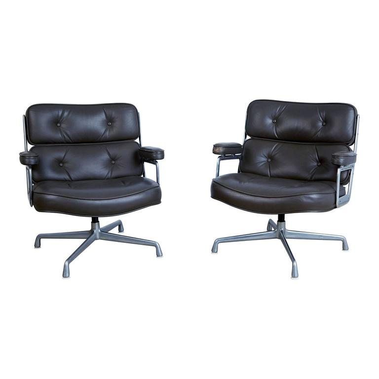 discontinued time life lobby lounge chairs by charles eames for herman miller for sale at 1stdibs. Black Bedroom Furniture Sets. Home Design Ideas