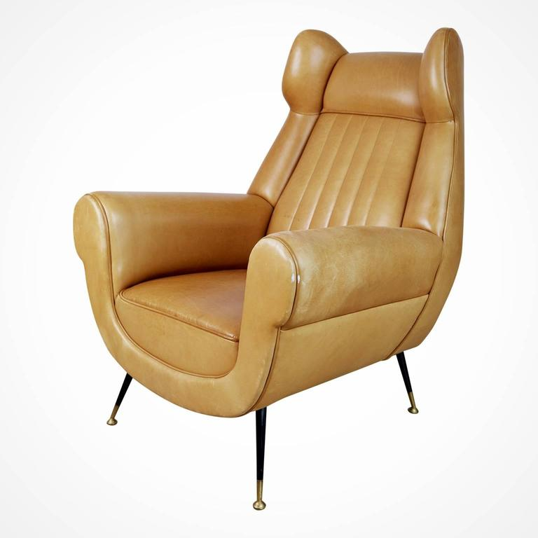 Mid-Century Modern Gigi Radice for Minotti Leather Wingback Chairs, Pair, Italy circa 1960 For Sale
