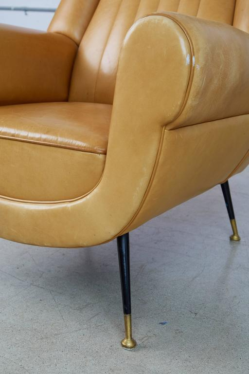 Brass Gigi Radice for Minotti Leather Wingback Chairs, Pair, Italy circa 1960 For Sale