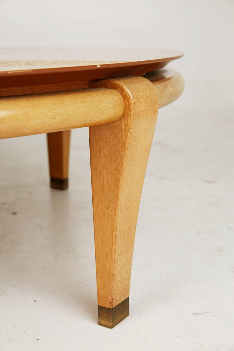 Paul Laszlo for Brown Saltman Round Coffee Table, Model 145, circa 1950 In Good Condition For Sale In Los Angeles, CA