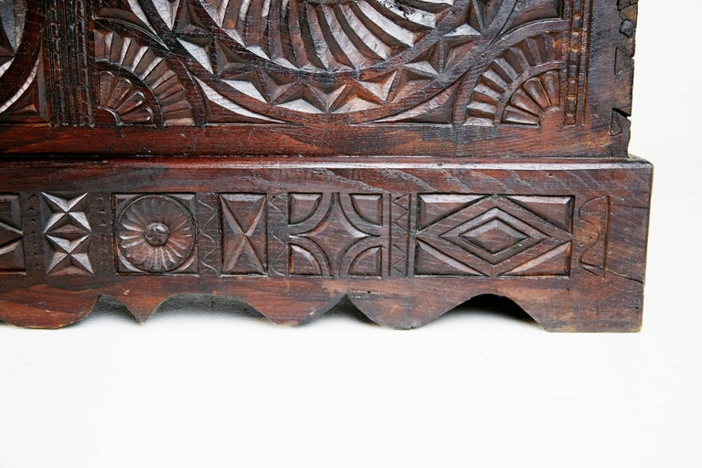 17th Century English Carved Oak and Elm Large Blanket Chest Coffer For Sale 2