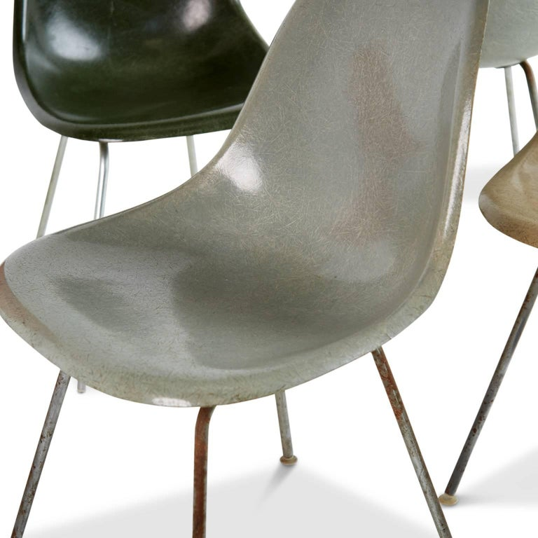 Mid-20th Century Charles & Ray Eames for Herman Miller Fiberglass DSX Chairs, Early Production For Sale