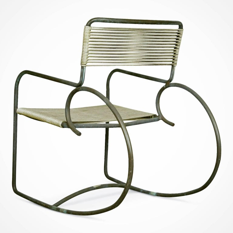 Signed Walter Lamb for Brown-Jordan Bronze Outdoor Rocking Chair, circa 1950 In Excellent Condition For Sale In Culver City, CA