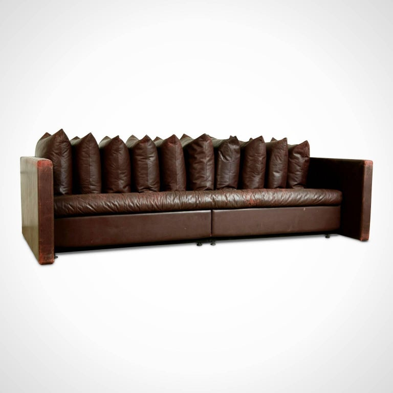 Modern Architectural Leather Sofa by Joseph D'Urso for Knoll International, circa 1980 For Sale