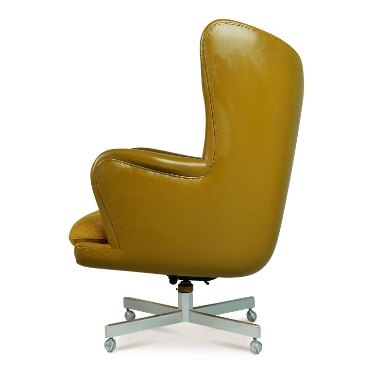 American George Kasparian Leather Wingback Executive Chair, circa 1960 For Sale
