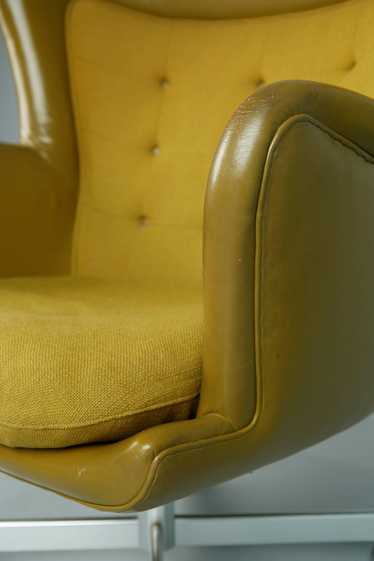 George Kasparian Leather Wingback Executive Chair, circa 1960 For Sale 1