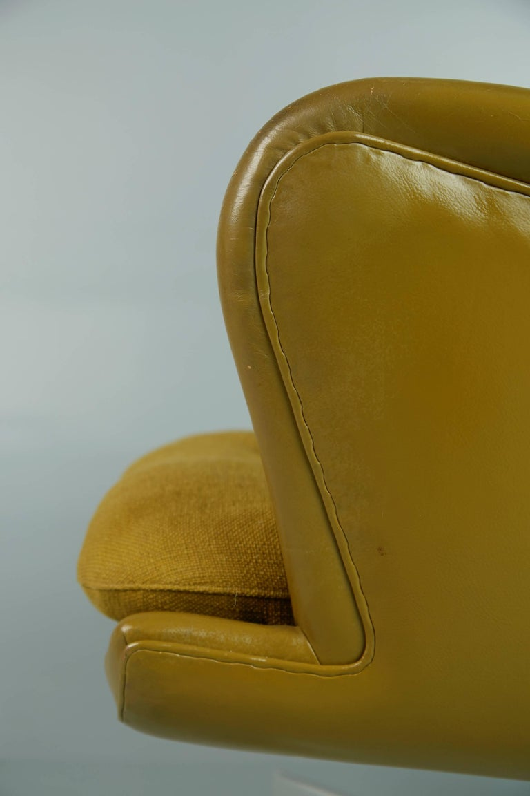 George Kasparian Leather Wingback Executive Chair, circa 1960 For Sale 2