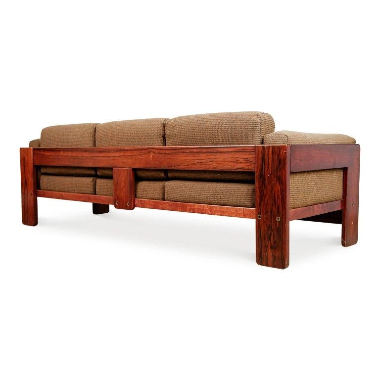 tobia scarpa bastiano rosewood sofa for gavina italy circa 1960 at 1stdibs. Black Bedroom Furniture Sets. Home Design Ideas