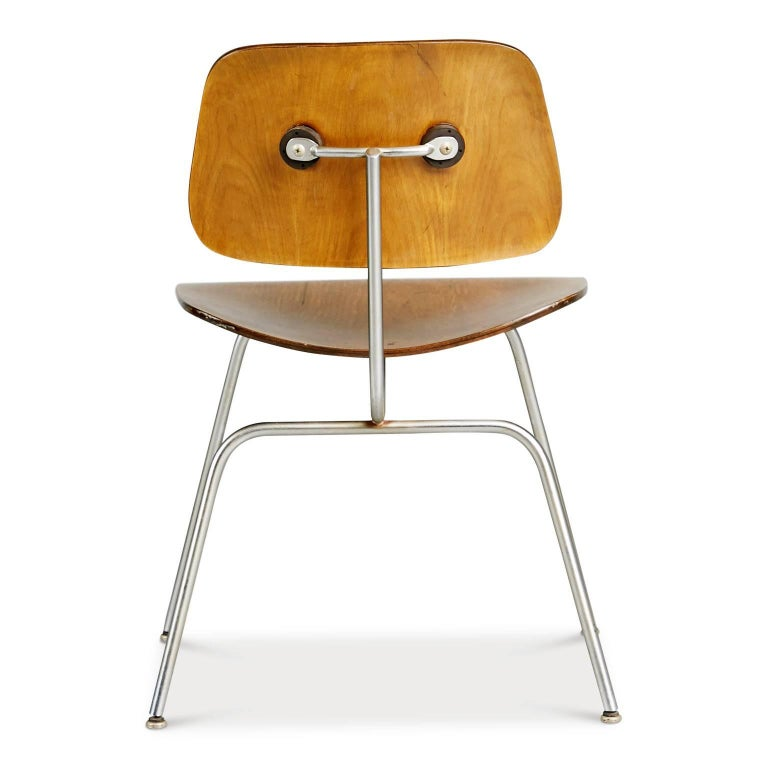 Evans Production Walnut DCM Chairs by Charles Eames, Set of Five, circa 1947 In Good Condition For Sale In Los Angeles, CA